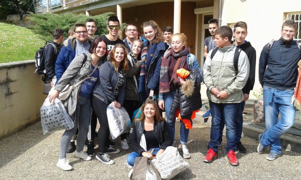 visite-des-jeunes-croates-a-monteils
